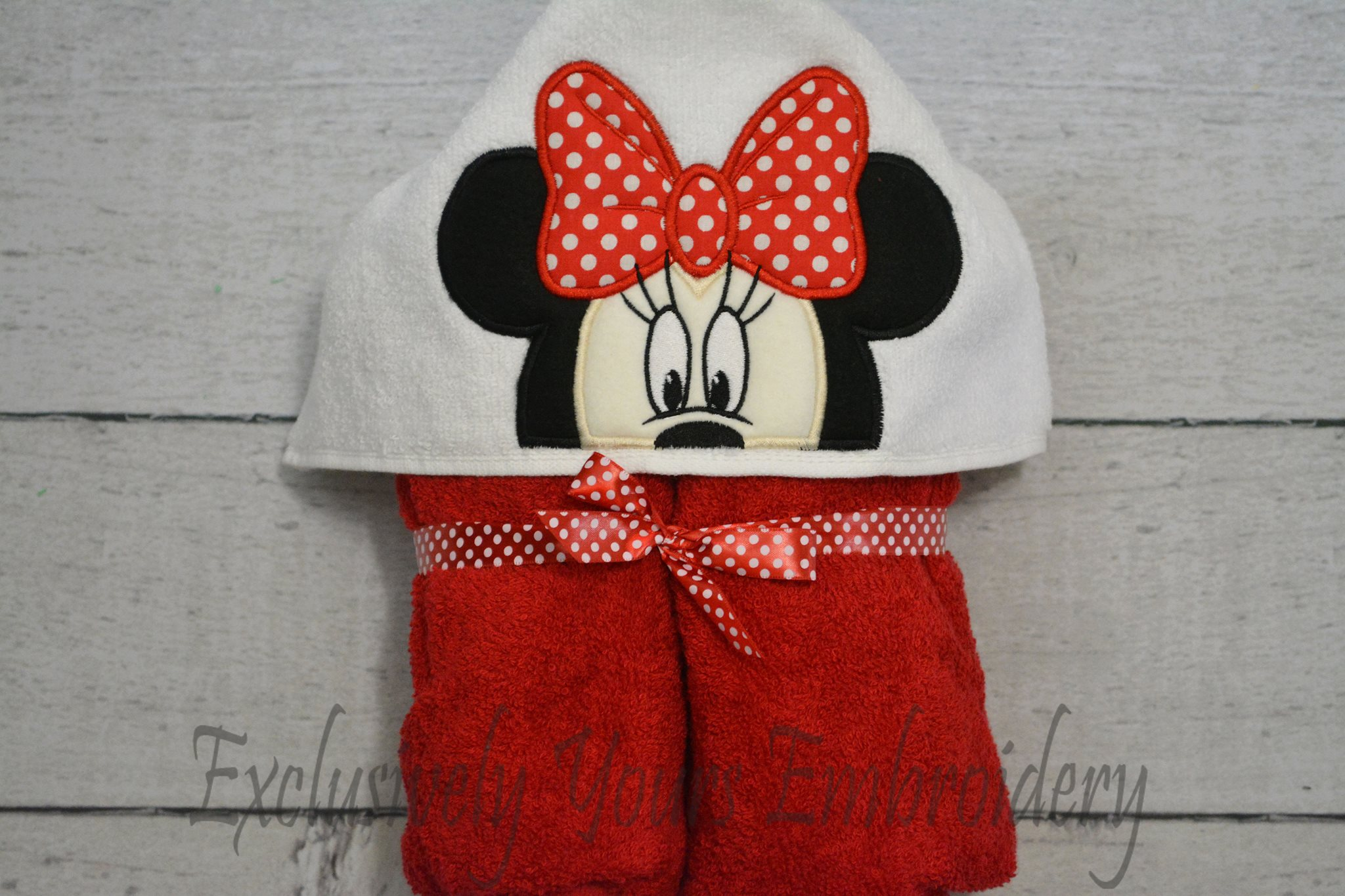 Mrs Mouse Hooded Towel Exclusively Yours Embroidery